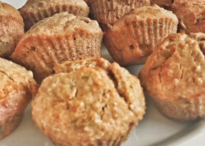 Lunchbox options Apple cinnamon muffins