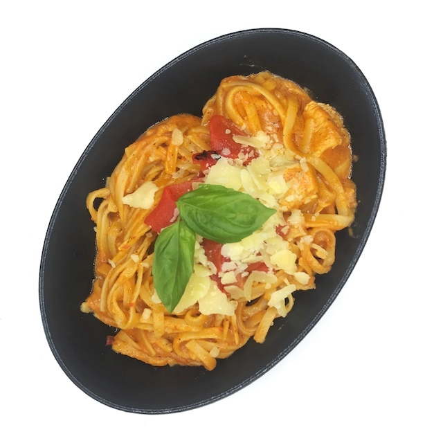 Chicken & Roasted Red Pepper Pasta